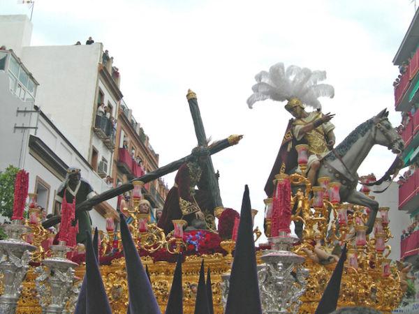 TRES CAIDAS SEVILLA